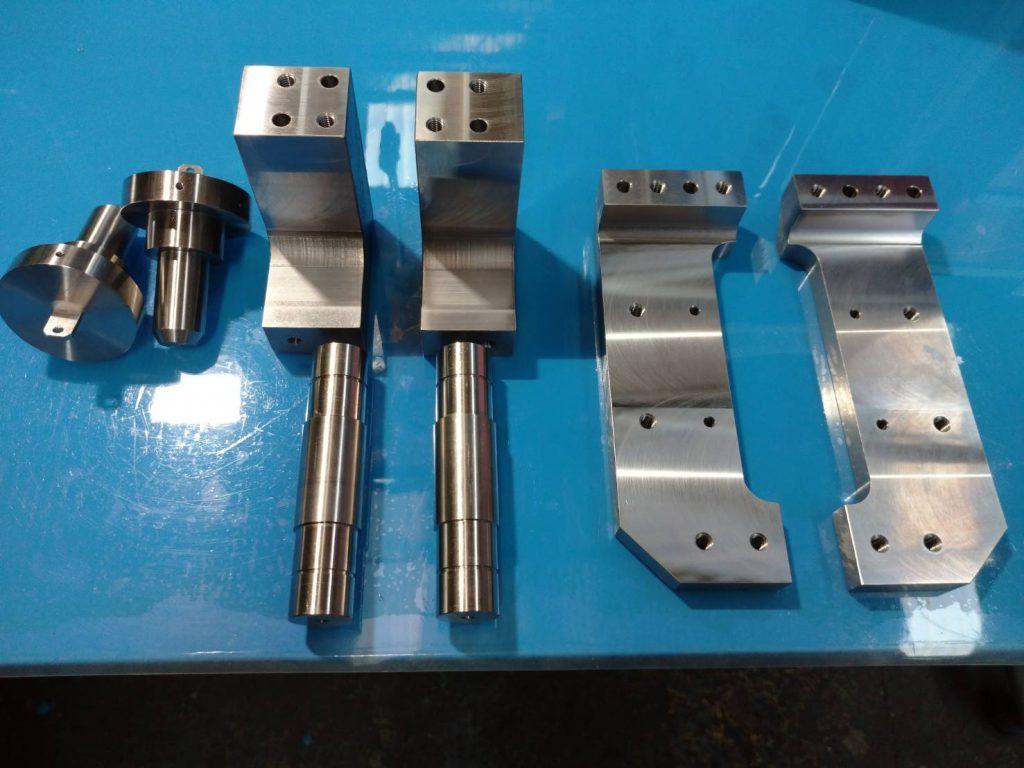 機械加工 立型マシニングで加工した機械部品